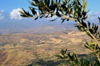 View Jordan to Israel