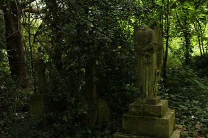 Barnes Cemetery, London